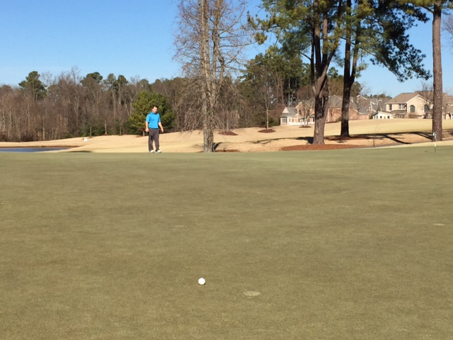 four-ways-to-improve-lag-putting-read-the-overall-green-complex