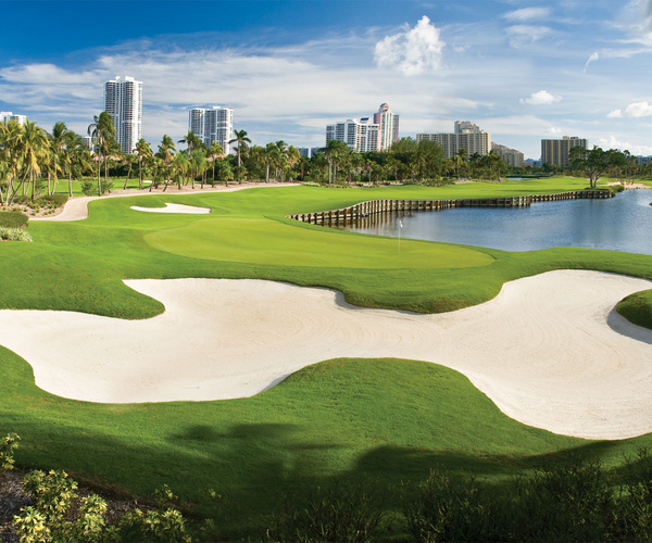 winter-wonderland-turnberry-isle-soffer-course