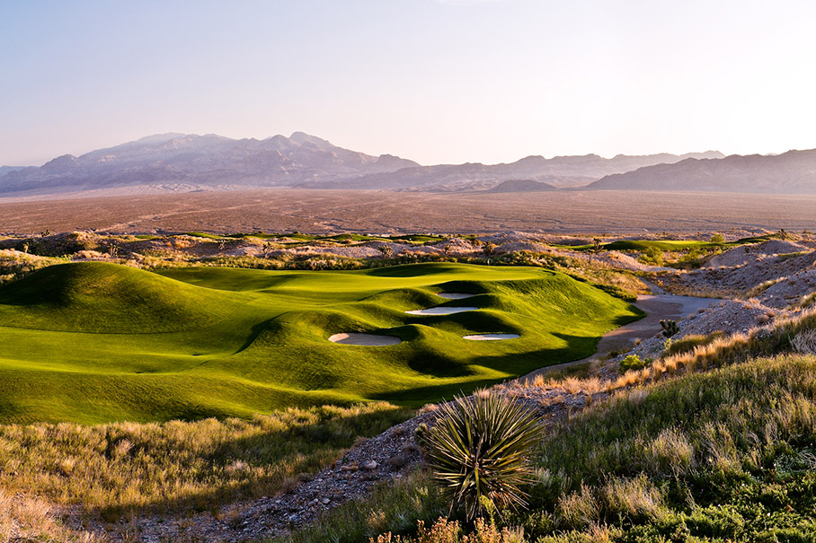 A Golfer's Guide to the Best Golf on the Strip ...